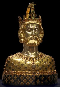 Bust Reliquary of Charlemagne, made circa 1350, at Aachen, Cathedral Treasury. Via Creative Commons