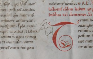 Detail of recto of Lectionary Leaf with initial T and later scribbles. Photograph © Mildred Budny. Reproduced by permission.