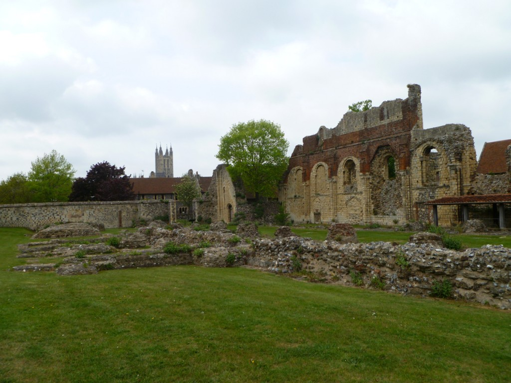 Ruins of Saint Augustine's Abbey. Photograph by Casey and Sonja, via Wikipedia Commons.