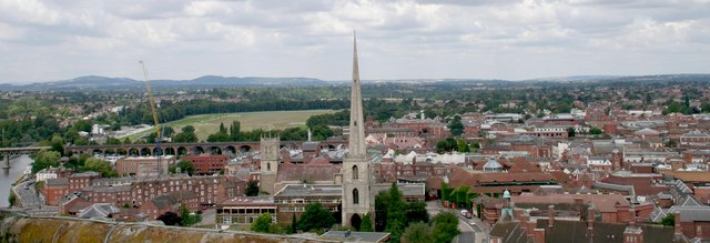 View of Worcester from the top of the Cathedral tower looking NNW. Photograph by Bob Embleton (2008) via Creative Commons.