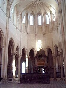 Pontigny Abbey, Choir. Photograph by Cicero, 2003, via Creative Commons.
